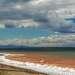 Озеро 9 мая встретило нас  солнцем, дождем, снегом и  ледянным прибоем. Краски менялись ежесекундно из-за швалистого ветра