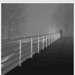 Человек с трубкой. Ночью. В туман. На мосту.