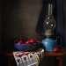 Синяя лампа и редиска
