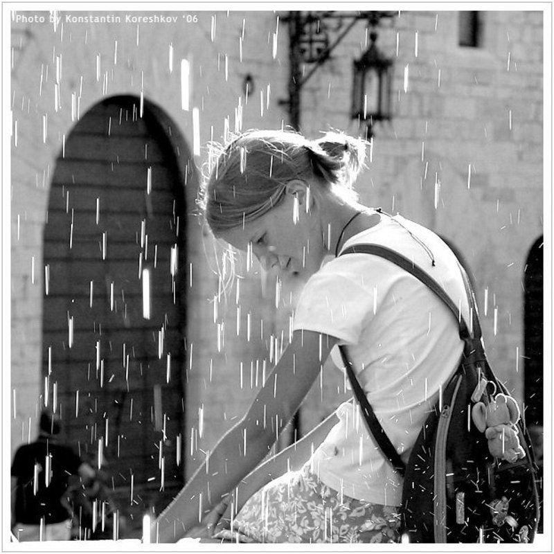 Италия, Ассизи, Умбрия, Italy, Assisi, Umbria, девушка, фонтан, брызги, желания, вода Фонтан желанийphoto preview