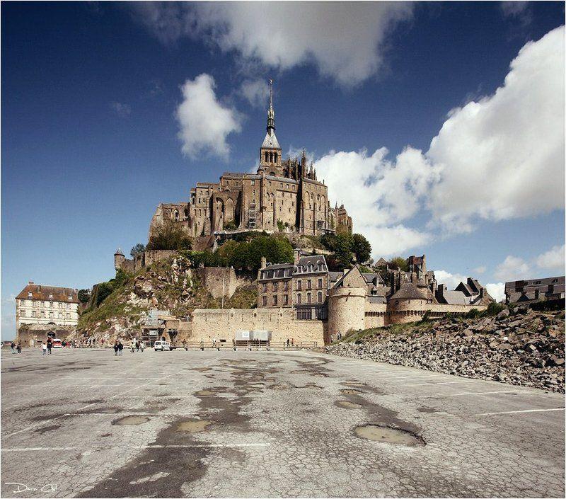 франция, мон-сен-мишель, небеса, аббатство, облака Достучаться до небесphoto preview