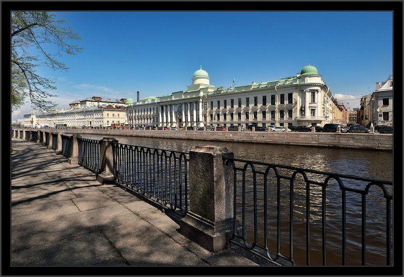 петербург, центр, фонтанка, чб Простая питерская открытка с Фонтанкиphoto preview