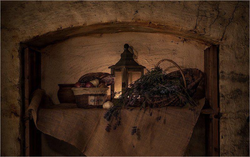 В старом подвале..photo preview