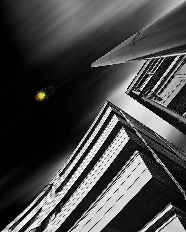 Yellow lightphoto preview
