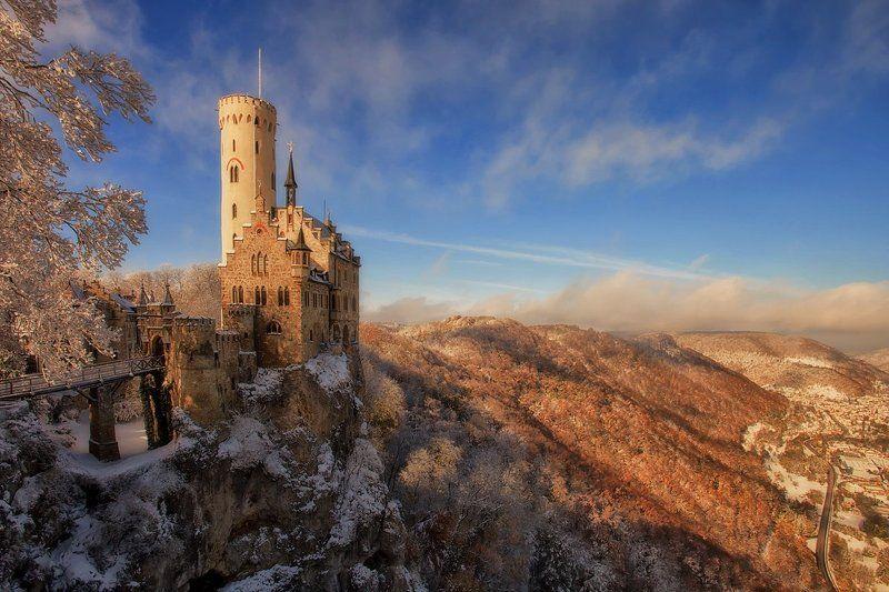 Lichtenstein Castlephoto preview