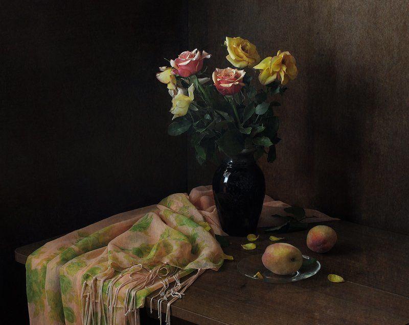 натюрморт, персики, розы, цветы Розыphoto preview