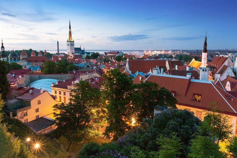Вечер, Вечерний город, Город, Городской пейзаж, Европа, Старый город, Таллинн, Эстония Таллинphoto preview