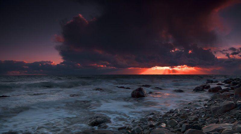 чёрное, море Гроза уходилаphoto preview
