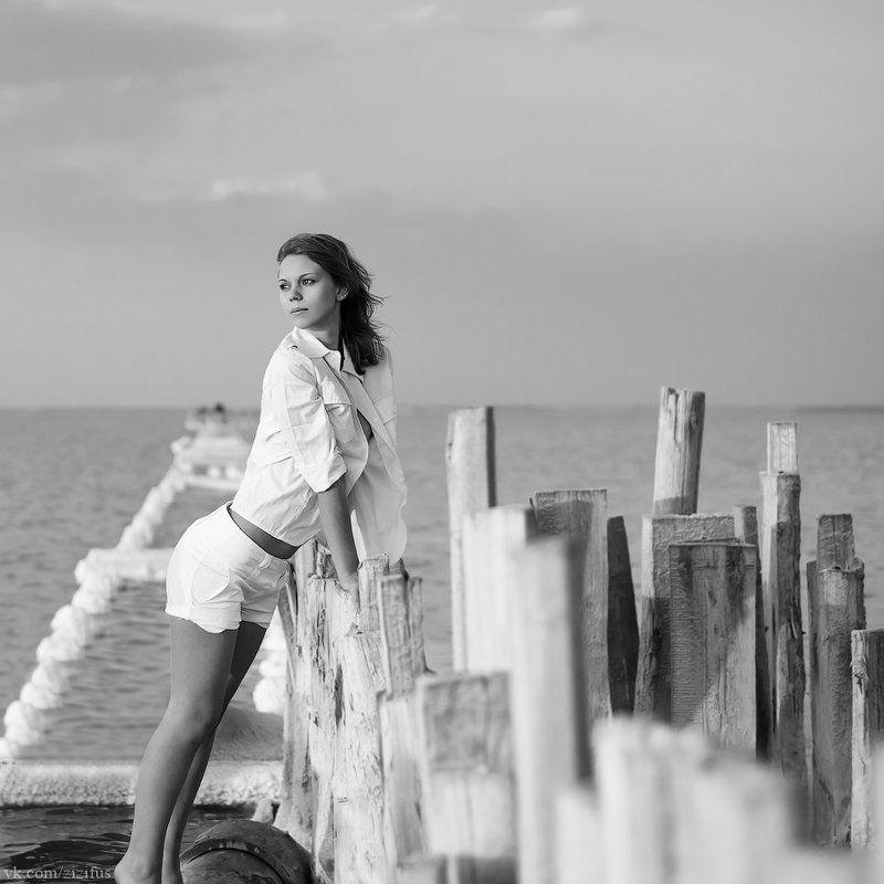 девушка, соленое озеро ***photo preview
