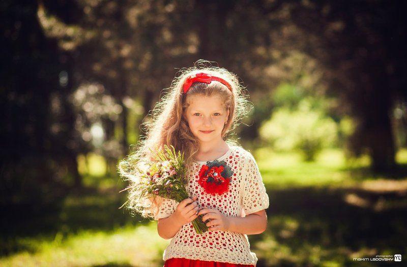 Солнечная девочкаphoto preview