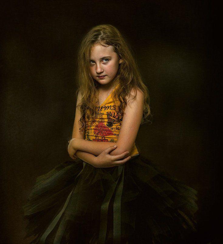 Девочка с характеромphoto preview