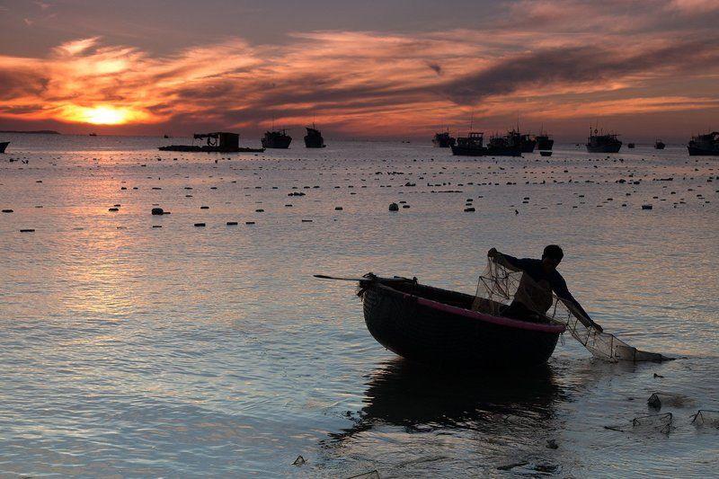 Vietnam, вьетнам, путешествия, рыбал, тревел Утро в рыбацкой деревнеphoto preview