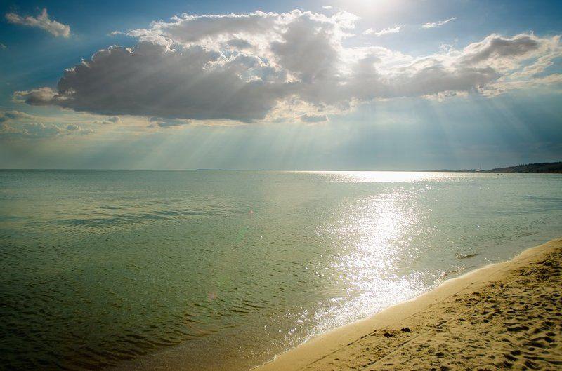 Лучи, Море, Небо, Облака, Пляж, Солнце, Тучи Солнечный вечерphoto preview