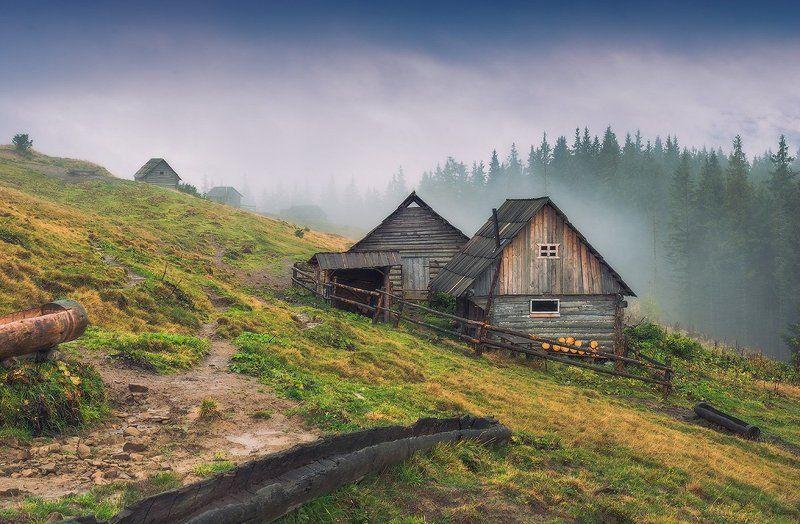 Гірський готельphoto preview