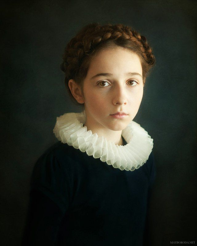 Portrait of Young Girlphoto preview