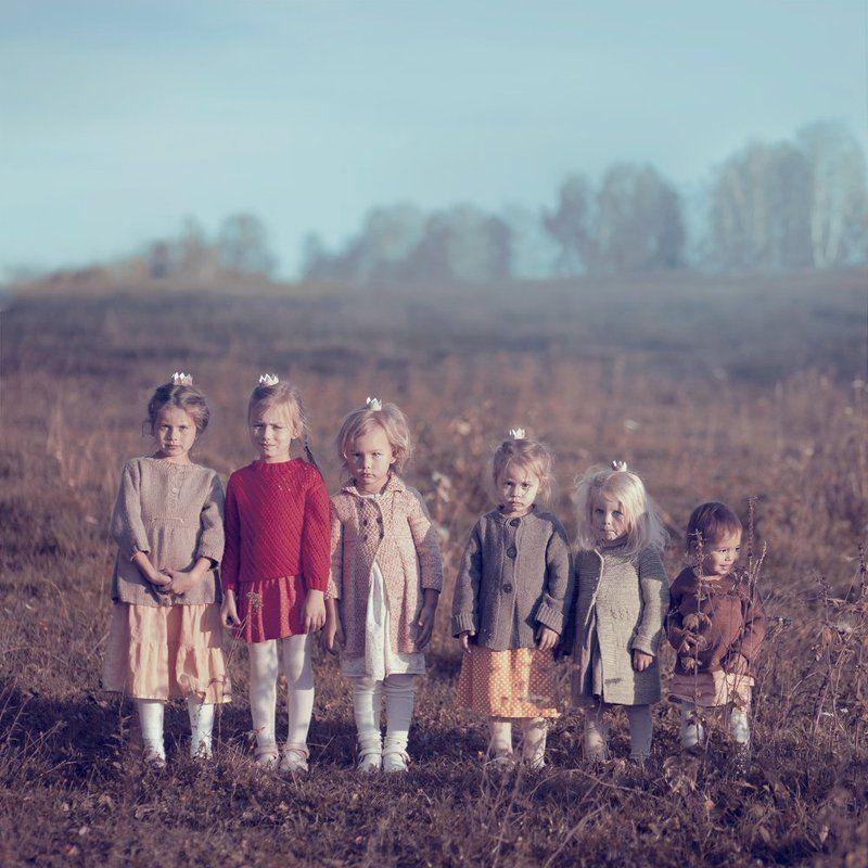 Девочка, Дети, Поле шесть сестерphoto preview