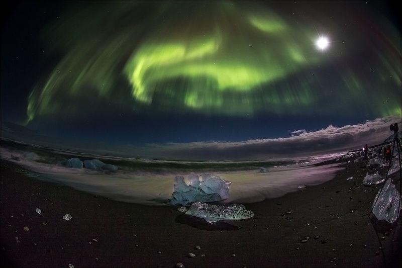 aurora, iceberg beach, iceland, jokullsarlon, umbrella northern light AURORA UMBRELLAphoto preview