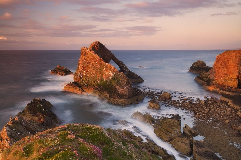 bow fiddle rock, portknockie, scotland, mc Приехать к морю в несезон..photo preview