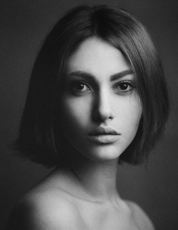 Beauty, BW, Girl, Portrait Taraphoto preview