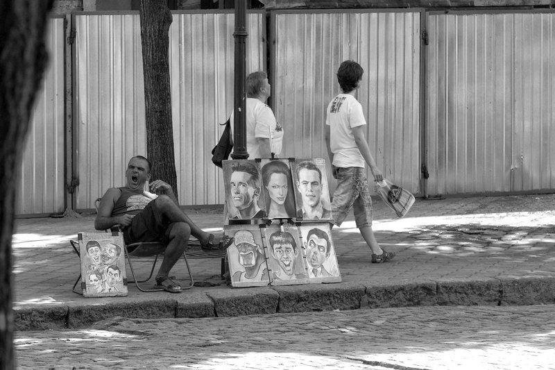 Одесские зарисовки. На Дерибасовской безработица.photo preview