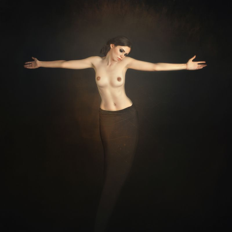 nude woman SURENDERphoto preview