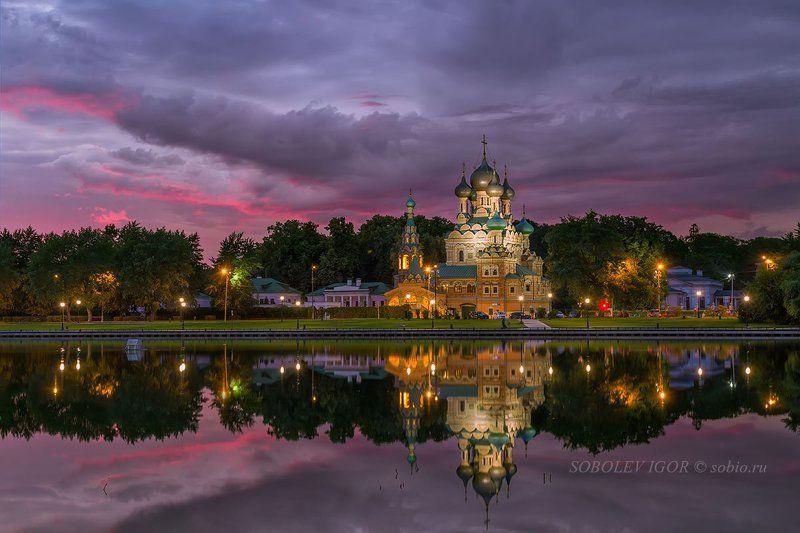вечер, москва, останкино, храм живоначальной троицы Храм Живоначальной Троицы в Останкиноphoto preview