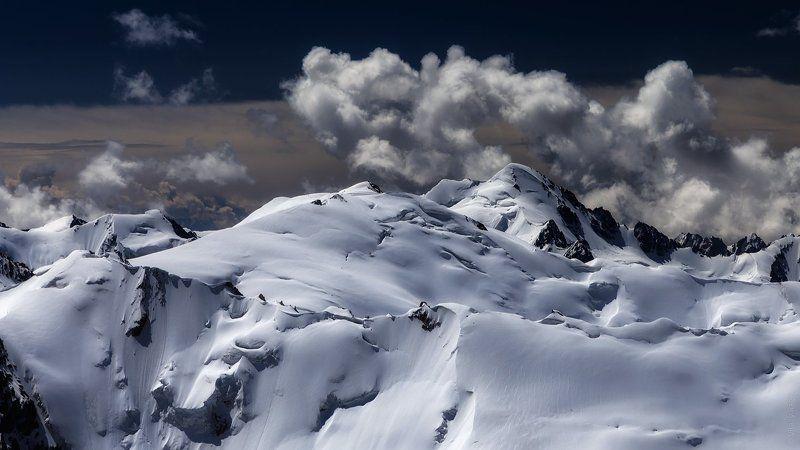 казахстан, горы, заилийски алатау Простой летний пейзажphoto preview