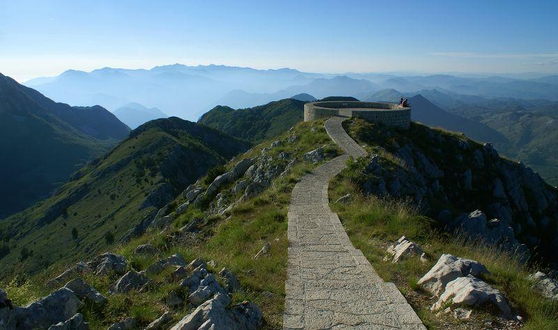 lovchen, montenegro что может быть красивее,  чем сидеть на облачке и, свесив ножки вниз.....photo preview