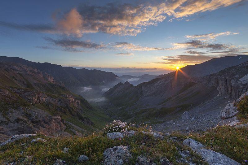 Рассвет на Долиной Драконов. Архызphoto preview