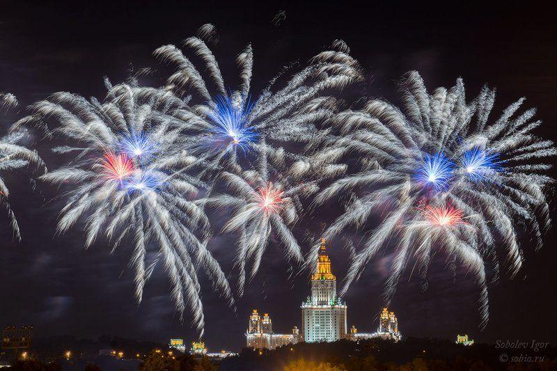 a7r, sony, город, москва, россия, салют, фейерверк, фестиваль Международный фестиваль фейерверков в Москвеphoto preview