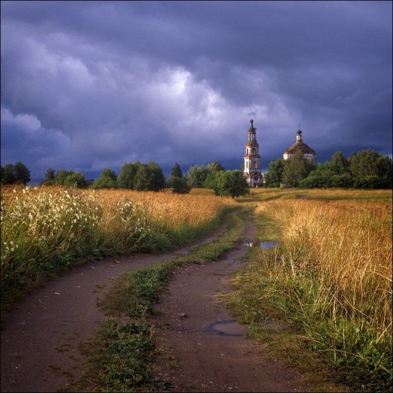 Летняя вечерняя слайдовая картинка с видом на дорогу к кузнецово (Безбожник) с юго-запада после мощного дождяphoto preview