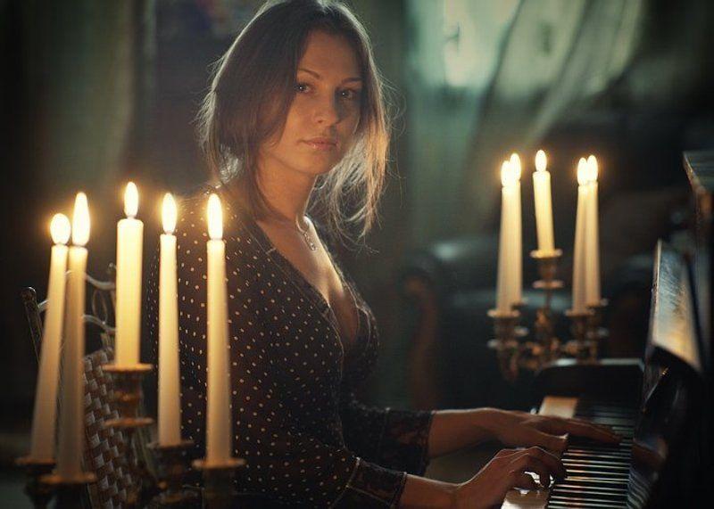 девушка, музыка, свечи, лирика, портрет Пианино [2]photo preview