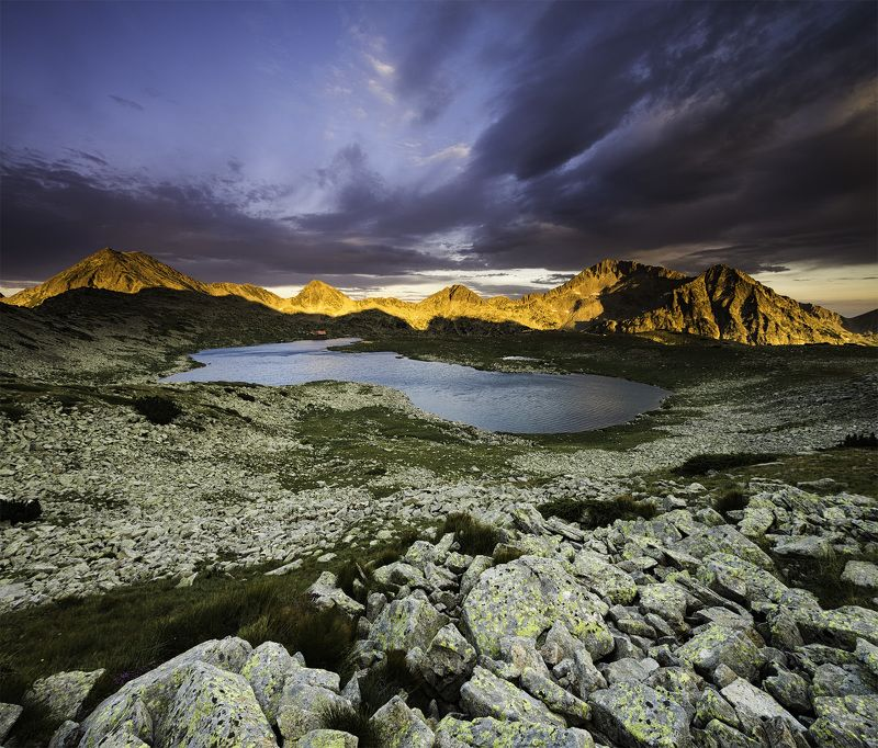 Tevno lake - Pirin mountainphoto preview
