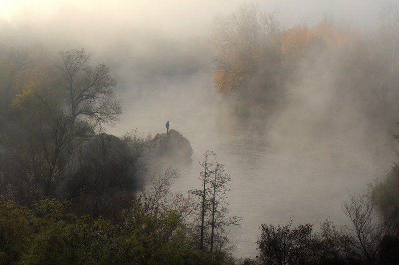 Река. Утро.Туман. Скалы. На плэнере.photo preview