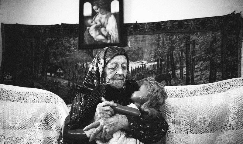 Halyna Wolverson, Ukraine