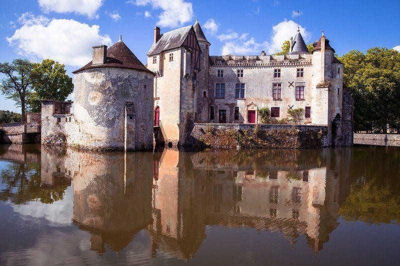 Замок, Франция, отражение, шато, лето Замок Монтескьюphoto preview