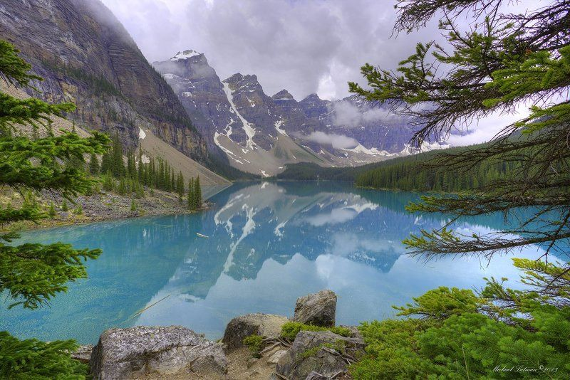 Beautiful, Blue, Clouds, Green, Lake, Moraine, Reflections, Rocky Mountaims, Summer, Treas Misty morning on Lake Morainephoto preview