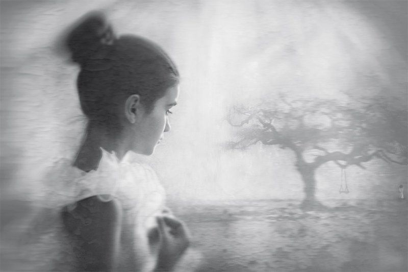 Black and white dreamsphoto preview