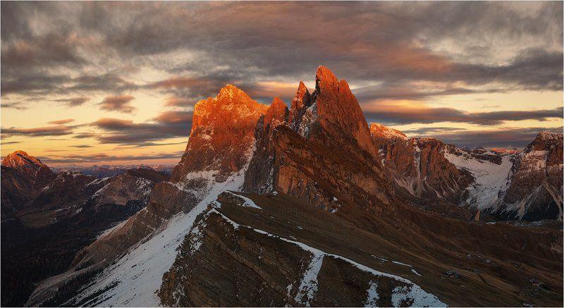 Mountain light.photo preview