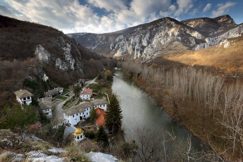 Монастырь,  Успение,  Богородицы, Болгария Монастырь Успение Богородицыphoto preview