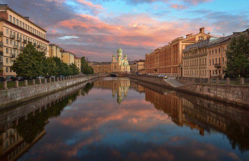 санкт-петербург, канал грибоедова, исидоровская церковь Утро на канале Грибоедоваphoto preview