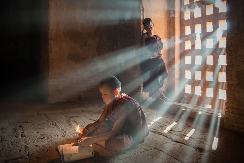 People, Two Person,Buddhism Become enlightenedphoto preview