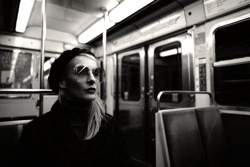 Paris Metro Storyphoto preview