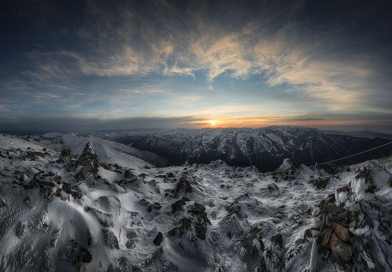 болгария Закат с самой высокой точки на Балканском полуостровеphoto preview