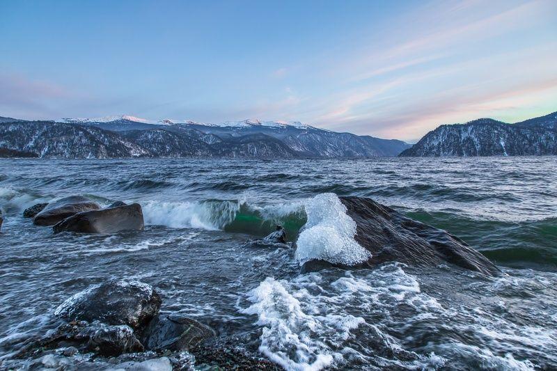 Озеро Телецкое, закат, Алтай Рождественское Телецкоеphoto preview