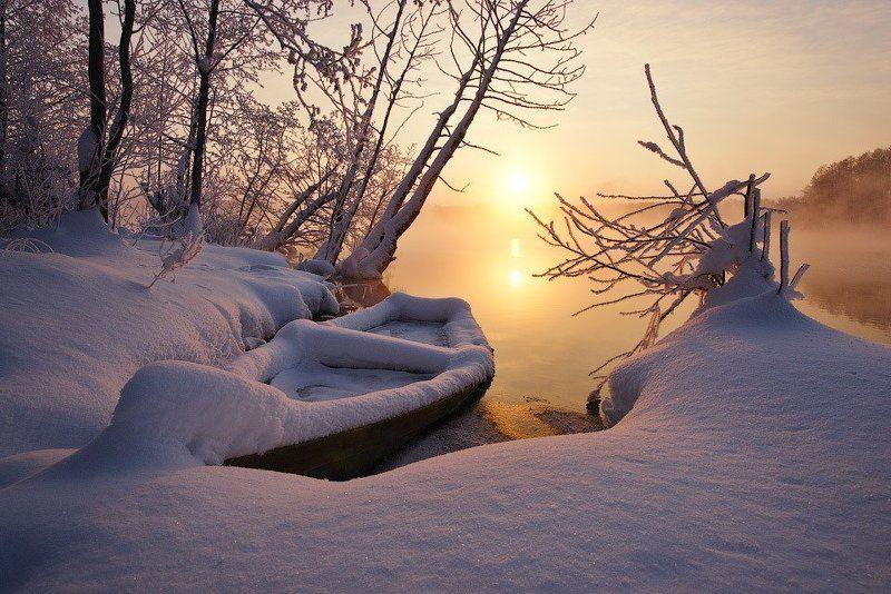 Зима, Лодка, Озеро, Снег, Шатура Доброе шатурское утроphoto preview