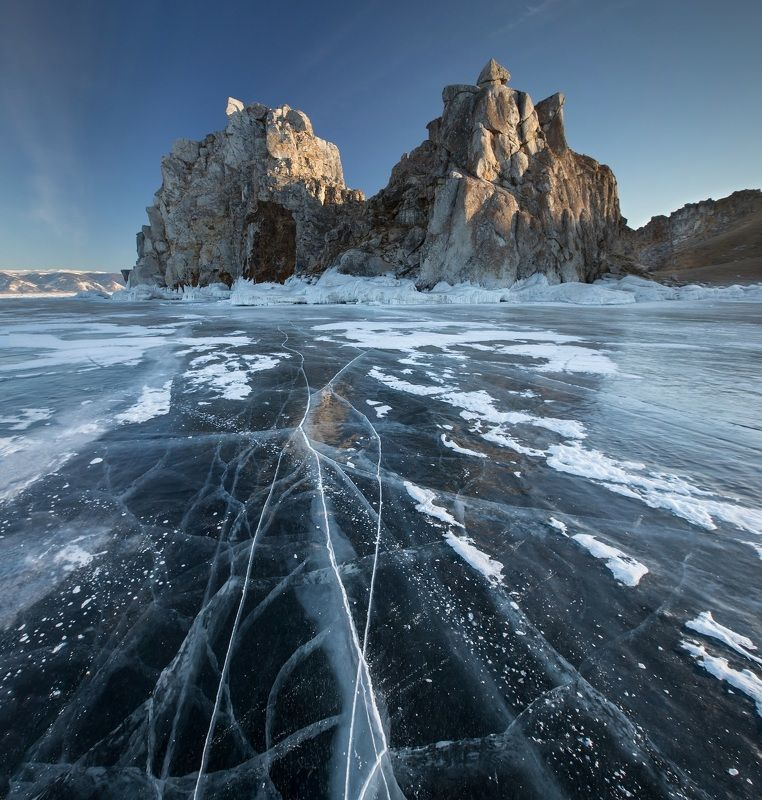 Байкал, Малое Море, лед, Ольхон, Бурхан, Шаманка Бурхан рассветныйphoto preview