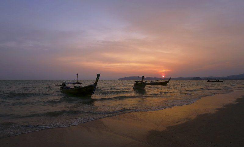 Сиреневый закат Ао Нангаphoto preview