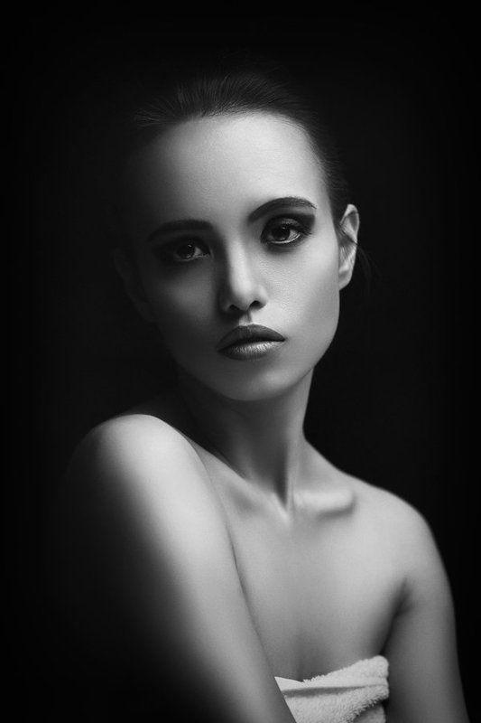 black and white, blackandwhite, portrait, woman, девушка, женский портрет, портрет, портрет девушки, созерцание Contemplationphoto preview