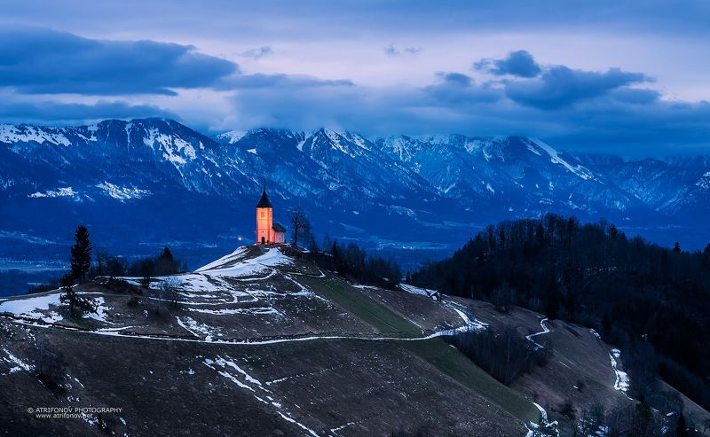 Jamnik, Slovenia, St. Primus, church, Europe, landscape, sunrise, winter, mountains, Alps, Julian Alps, light, red, snow,  Jamnikphoto preview